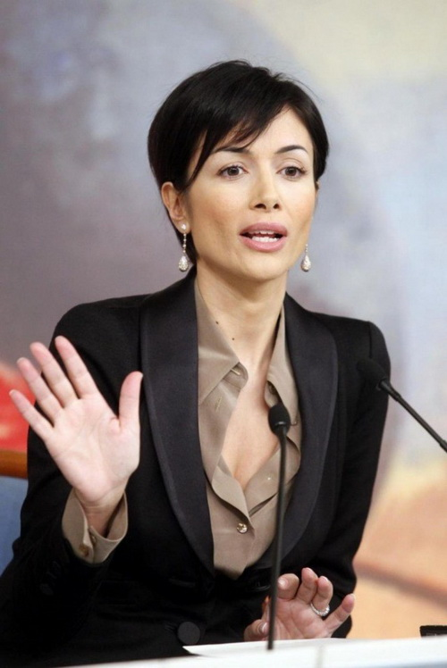 Министр по «делам равных возможностей»Италии Мара Карфанья